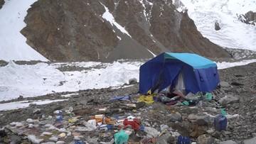 """Kanadyjski himalaista zarzucił Polakom zostawienie śmietniska pod K2. """"Powinni się wstydzić"""""""