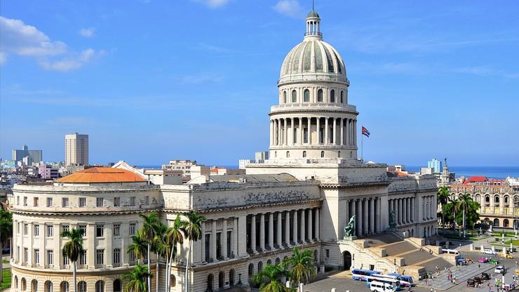 Kubańczycy rozpoczęli debatę nad nową konstytucją. Projekt uwzględnia działalność prywatną