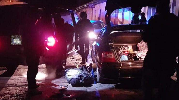 Mieszkańców Cegłowa obudził potężny huk. To była zasadzka policji