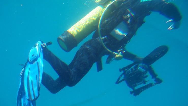 Odnaleziono ciało Polaka, który próbował pobić rekord zanurzenia w jeziorze Garda