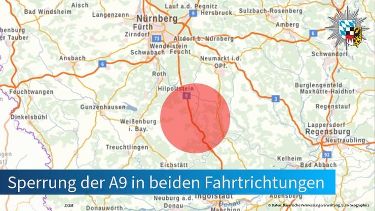 Niemcy: wziął trzech zakładników w autokarze. Autostrada została zamknięta