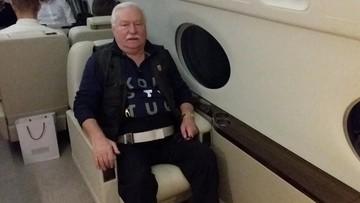 """Wałęsa z Dudą już w USA. Lecieli na pogrzeb Busha. """"Panowie prezydenci siedzieli obok siebie"""""""