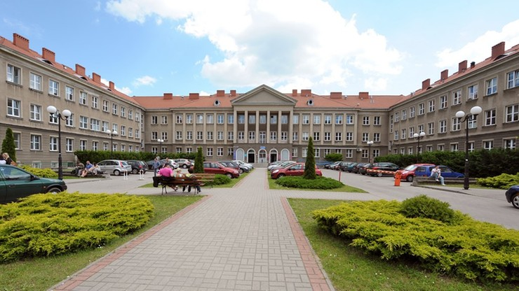 Trzy osoby z zarzutami za ustawienia przetargu na uniwersytecie w Olsztynie
