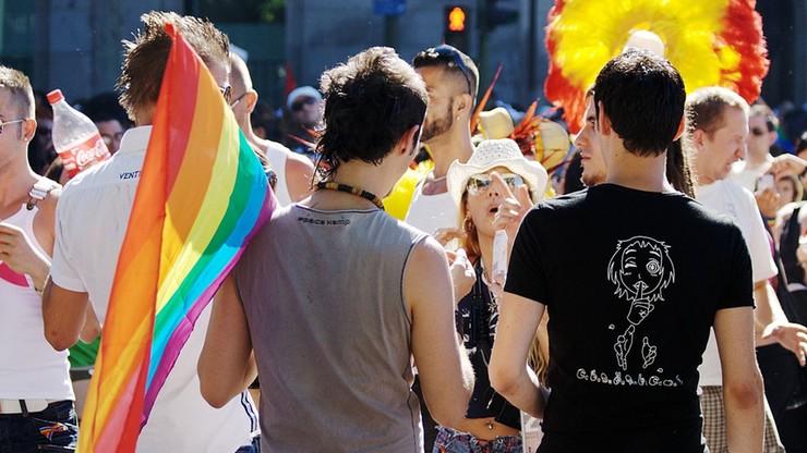 """""""Uznajemy niezbywalną godność każdej jednostki"""" - list ambasadorów przed Paradą Równości"""