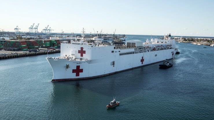 Okręt-szpital marynarki wojennej USA. Ma pomóc w walce z koronawirusem