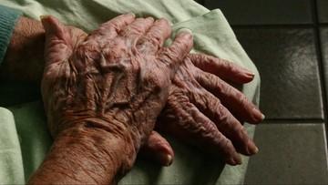 Ma 101 lat i jako pierwsza otrzymała szczepionkę w Niemczech