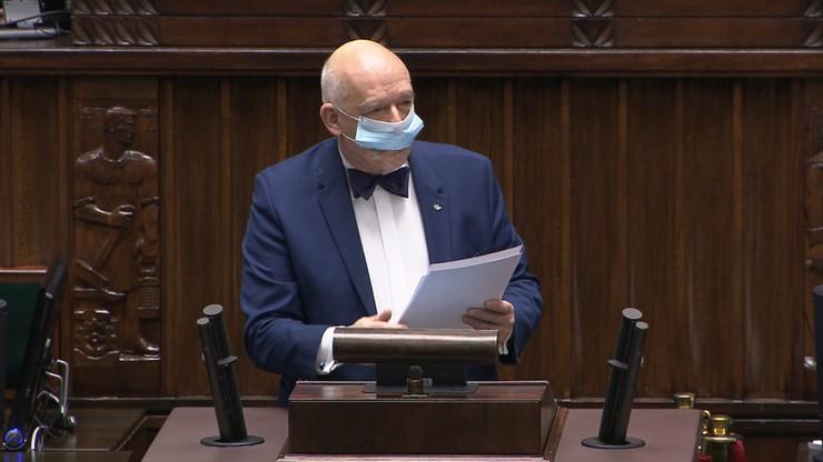 """Korwin-Mikke przeciwny maseczkom w Sejmie. Mówił o """"spadku zdolności intelektualnych"""""""