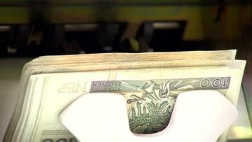 Resort finansów proponuje utrzymanie 23 proc. stawki VAT do końca 2018 roku