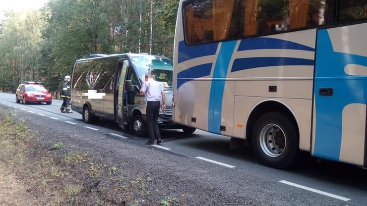 Zderzenie autokaru i busa, którymi dzieci wracały z kolonii. Poszkodowane cztery osoby