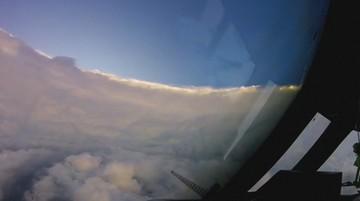 Cisza i spokój  w oku cyklonu. Nagranie Irmy z samolotu łowców burz