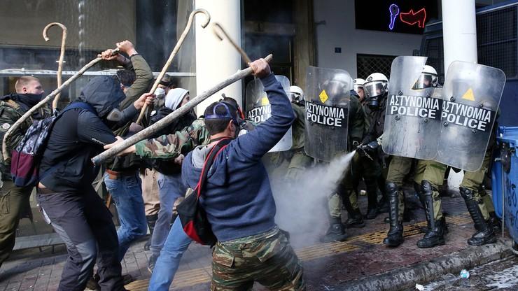 Starcia rolników z policją w Atenach