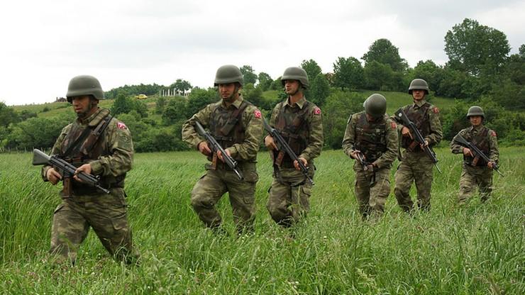 Tureckie wojsko odchodzi od zakazu noszenia islamskiej chusty