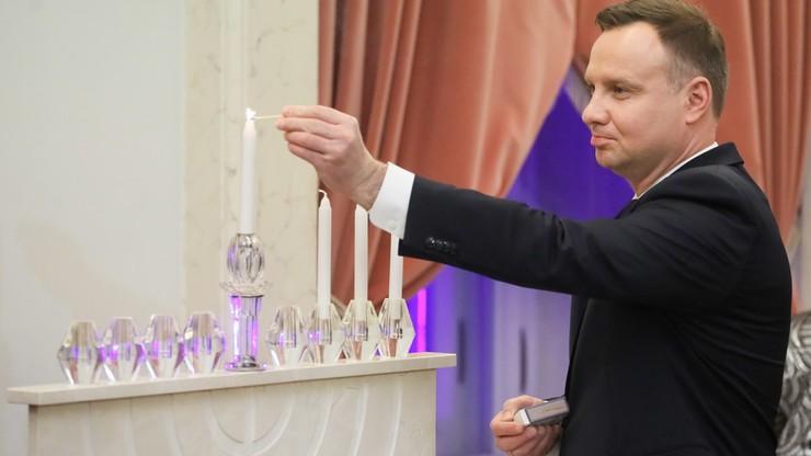 Para prezydencka uczestniczyła w ceremonii zapalenia świec chanukowych
