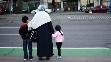 Chłopcy mają osobne wejście i nie podają ręki kobietom. Koniec szkół wyznaniowych w Szwecji
