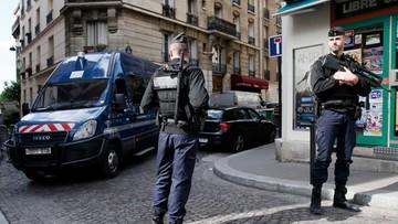 Francja: Dla bezpieczeństwa chwilowo ewakuowano cztery lokale wyborcze. Przez podejrzane samochody