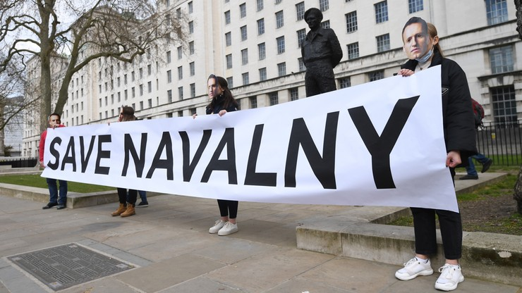 """Wykradli adresy e-mail zwolenników Nawalnego. """"Wkrótce poznamy wasze imiona i adresy"""""""