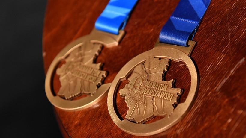 Maraton Warszawski 2021: Utrudnienia drogowe, objazdy, komunikacja miejska