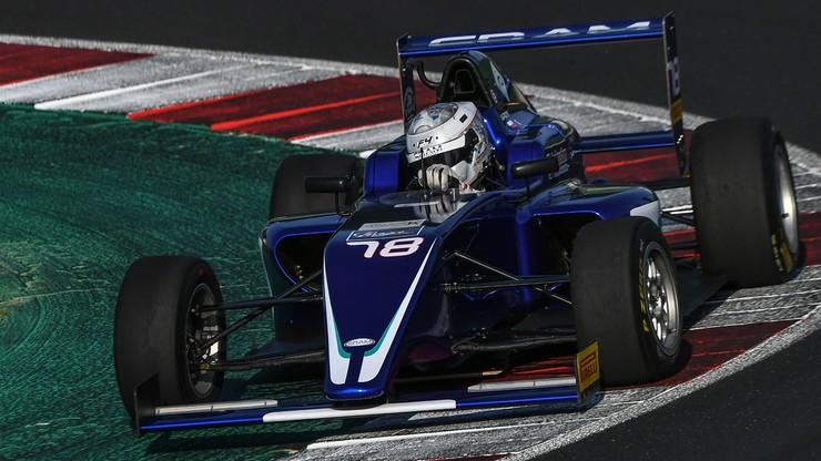 Udany debiut Mateusza Kaprzyka w Formule 4