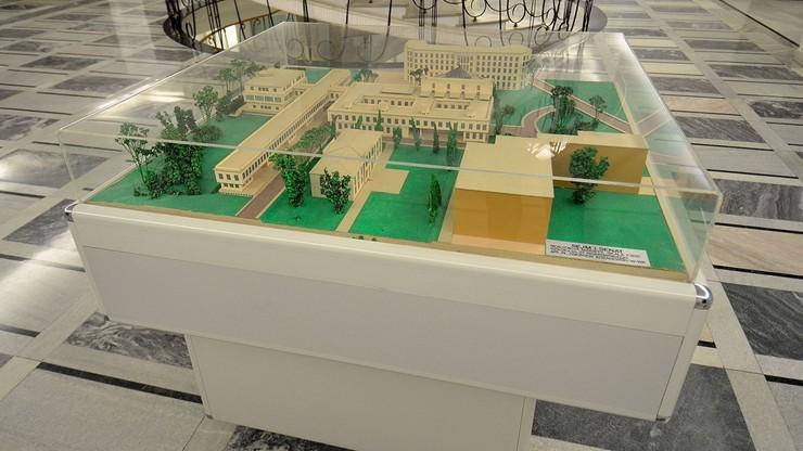 Stołeczny konserwator zabytków nie wydał zgody na budowę płotu wokół Sejmu