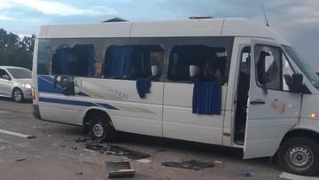 Ukraina: autobus ostrzelany na trasie. Są ranni