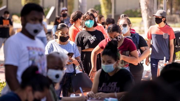 USA. Ponad 100 tys. nowych przypadków koronawirusa dziennie