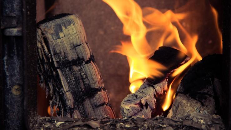 Kraków ma uchwałę antysmogową. Zakaz palenia węglem i drewnem od 2019 roku