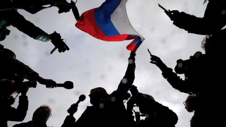 """""""Putin - hańba Rosji!"""". Demonstracje i zatrzymania zwolenników Nawalnego"""