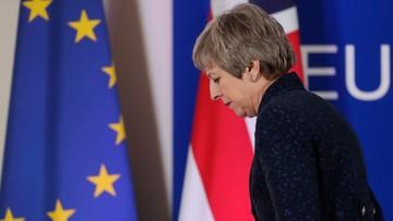 """""""The Sun"""": May ustąpi po przegłosowaniu porozumienia z UE. """"Czas się skończył, Theresa"""""""