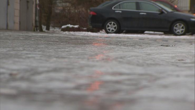 Prognoza pogody na niedzielę. IMGW ostrzega przed oblodzeniem dróg