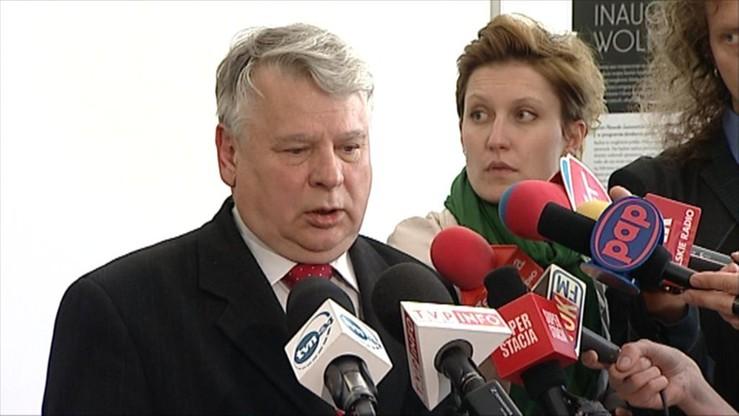Borusewicz złożył wniosek o odrzucenie ustawy ws. obrotu ziemią