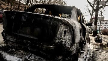 """Spłonęło auto pracownika polskiej ambasady w Berlinie. """"Ambasador przestrzega"""""""
