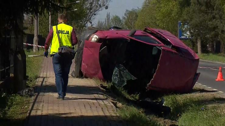 Legionowo. Śmiertelny wypadek drogowy. Kierowca zginął przed własnym domem. Drugi był pijany