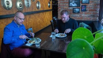 Finlandia luzuje restrykcje. Po 6 tygodniach otwarte restauracje