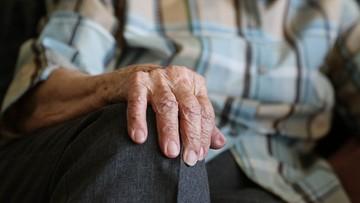 Syn pobił ponad 80-letnią matkę, bo chciał 10 zł