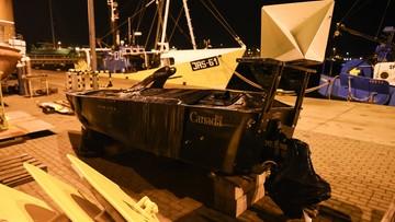Rybacy z Jastarni wyłowili z Bałtyku kanadyjski pojazd wojskowy. Nosi ślady po kulach