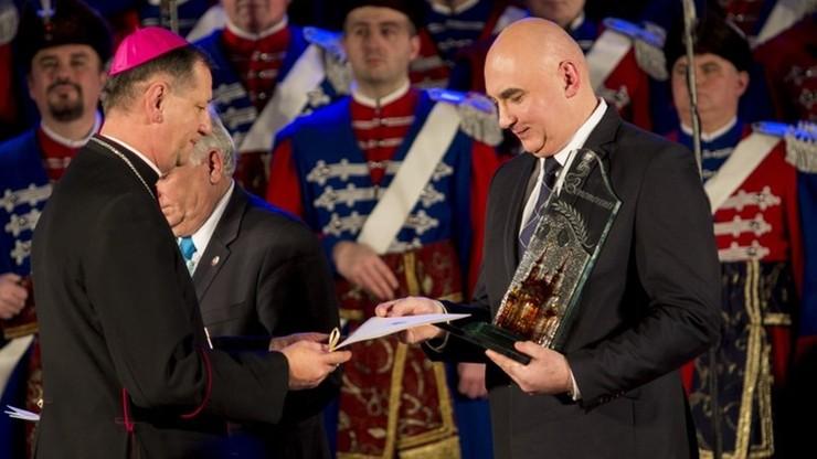 Nagrody Benemerenti m.in. dla Nuncjatury Apostolskiej i Szkoły Orląt w Dęblinie