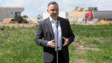 Duda przed Trzaskowskim i Hołownią. Najnowszy sondaż prezydencki