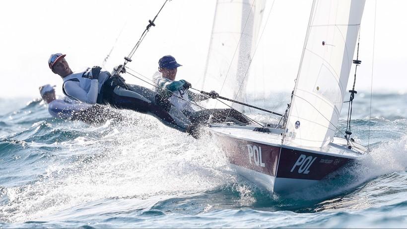 Skrzypulec i Ogar nadal na prowadzeniu po czterech wyścigach żeglarskiej klasy 470