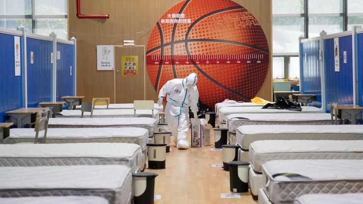 W Wuhanie zamknięto ostatni polowy szpital. Chiny kończą wojnę z koronawirusem?