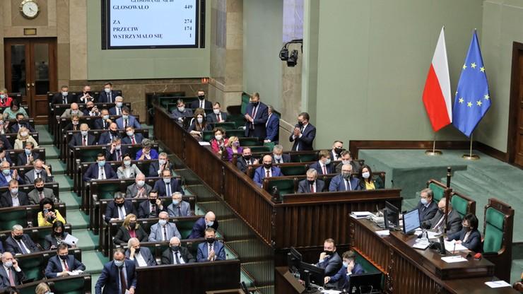"""Sejmowa debata o relacjach z UE. """"Ostentacyjnie antyeuropejskie działania rządu"""""""