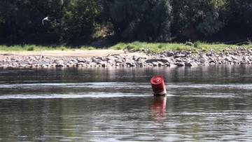 """""""Sytuacja będzie się pogarszała"""". Niski poziom wody w rzekach w całym kraju"""