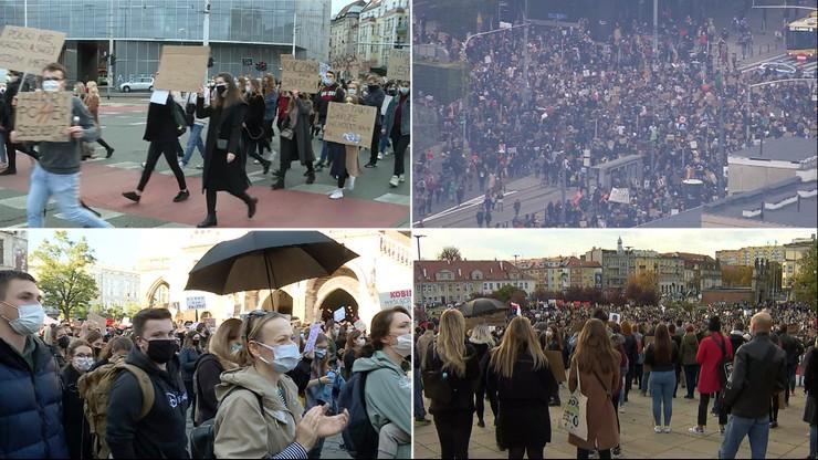 Strajk kobiet. Tłumy na ulicach