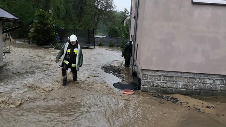 Nawałnice nad Polską, zalane posesje. Setki interwencji straży pożarnej