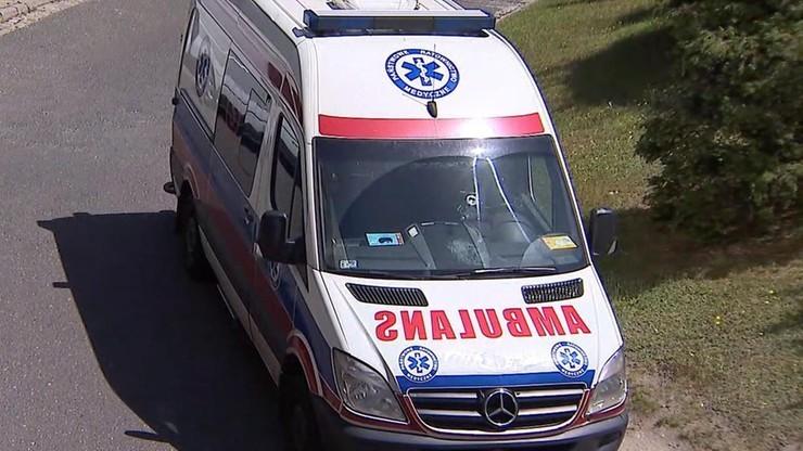 Groźny wypadek w Małopolsce. Kierowca potrącił rowerzystów i pieszych. Jedna osoba nie żyje