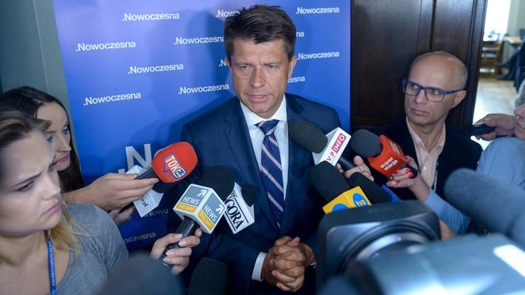 """""""Nikt tyle nie da, ile Morawiecki obieca"""". Petru o zapowiedziach Morawieckiego"""