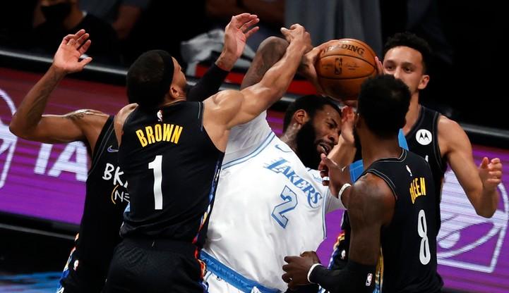 NBA: Lakers lepsi od Nets w meczu faworytów