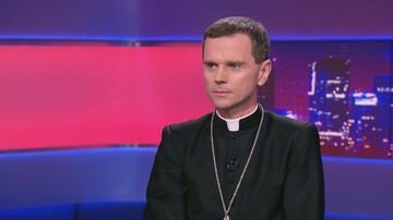 Ks. biskup Milewski: klerycy w seminarium powinni obejrzeć film braci Sekielskich