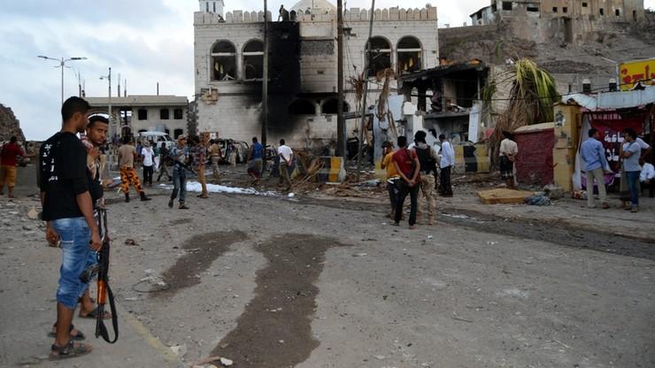 Zbombardowano rozgłośnię radiową Państwa Islamskiego