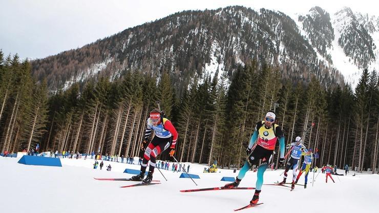 PŚ w biathlonie: Simon Desthieux najlepszy w sprincie, Polacy na końcu stawki