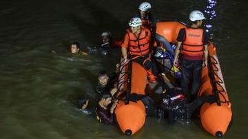 Sprzątali rzekę. Jedenaścioro dzieci utonęło